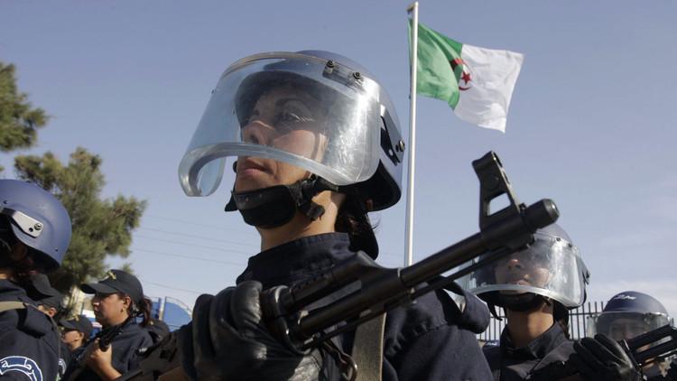 فرنسا متهمة بالتحرش بالجزائر!