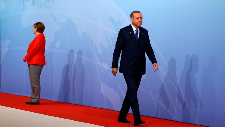 أردوغان يدعو مواطنيه في ألمانيا للتصويت ضد حزب ميركل