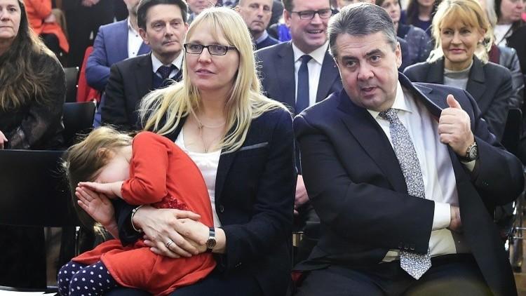 تهديدات لزوجه وزير الخارجية الألماني عقب انتقاده لأردوغان