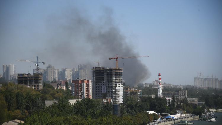 فيديو يظهر من الجو حريقا ضخما اندلع في أكبر مدن جنوب روسيا