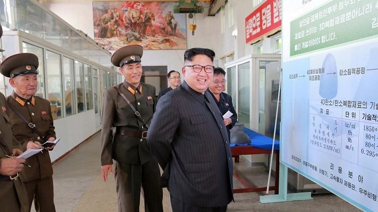 كيم جونغ أون يأمر بإنتاج مزيد من محركات الصواريخ والرؤوس الحربية