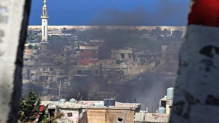 أنباء عن تهديد بقصف صيدا وسط تصاعد الاقتتال في مخيم عين الحلوة