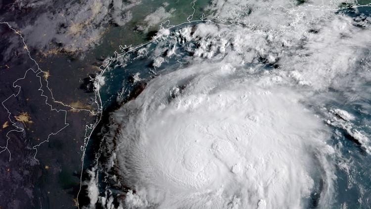الكويت تحذر رعاياها في الولايات المتحدة من إعصار هارفي