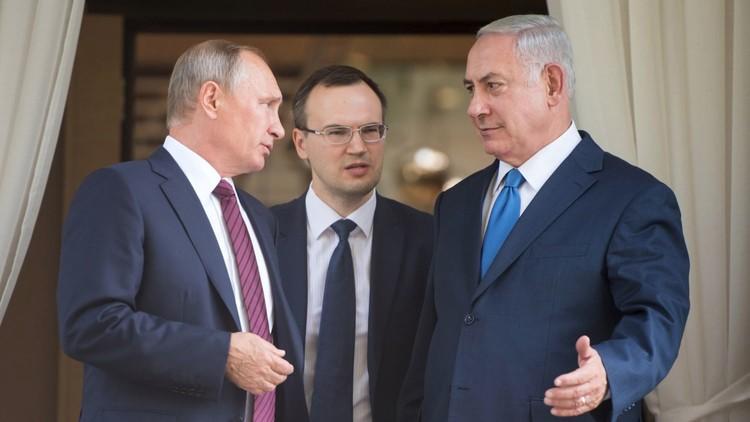 نتنياهو يكشف النقاب عن هدية نادرة من بوتين