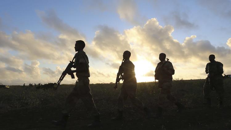 القوات الصومالية والأمريكية تقترف مجزرة في شمال غرب مقديشو