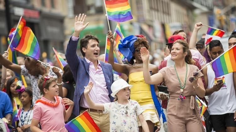 كندا تتخلى عن خانة الجنس في جوازات سفرها