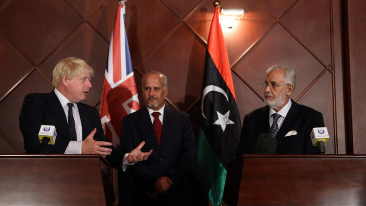 جونسون يحذر الليبيين من تكرار