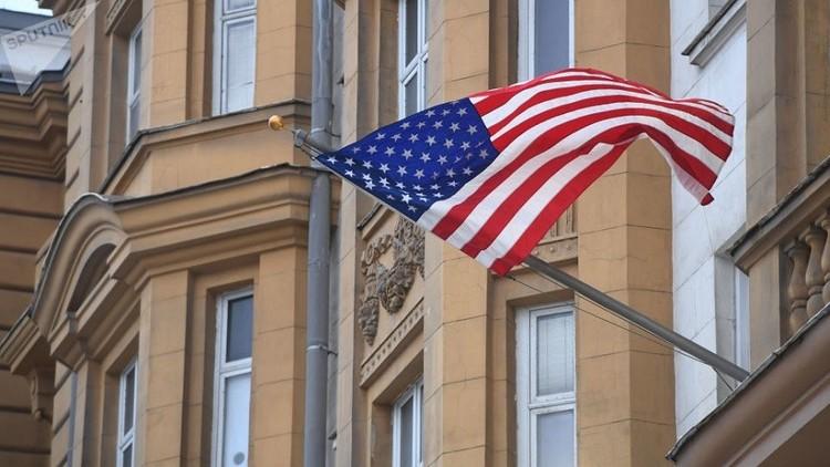 سفير واشنطن لدى موسكو: العقوبات الأمريكية آلية عقيمة
