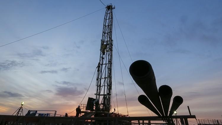مصر توقع صفقة ضخمة للتنقيب عن النفط والغاز