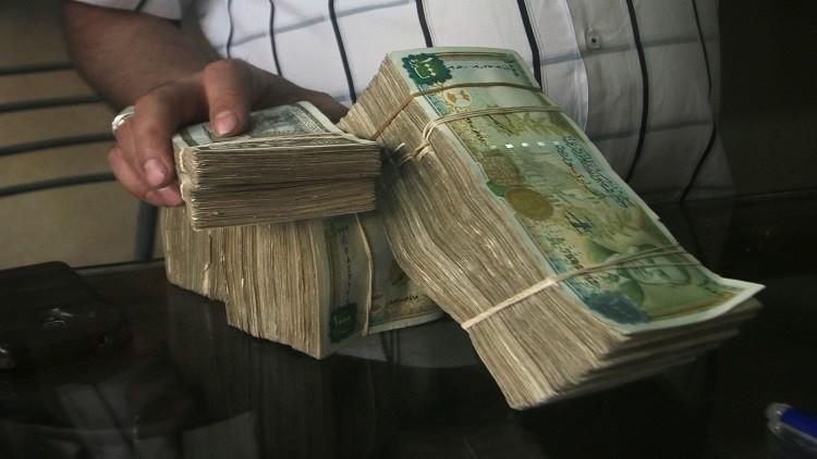 المغتربون يرفعون الليرة السورية أمام الدولار