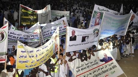 تجمع في نواكشوط تأييدا للرئيس محمد ولد عبد العزيز والاستفتاء الدستوري، 20/07/2017