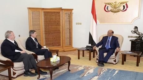 لقاء بين الرئيس اليمني عبد ربه منصور والسفير الأمريكي في اليمن ماثيو تولر في عدن، 2/03/2015