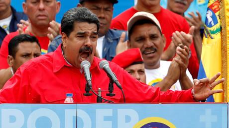 نيكولاس مادورو يتوجه بخطاب إلى مؤيديه