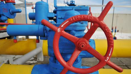 """""""ستاندرد آند بورز"""" تحذر من """"بلبلة"""" في سوق الغاز الأوروبي!"""
