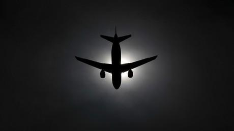 المنامة والرياض تنفيان فتح أجوائهما أمام الطائرات القطرية