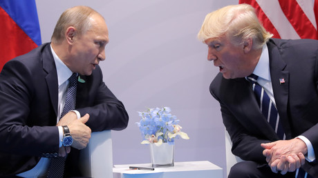 الرئيسان الأمريكي دونالد ترامب والروسي فلاديمير بوتين