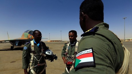 عناصر من القوات الجوية السودانية