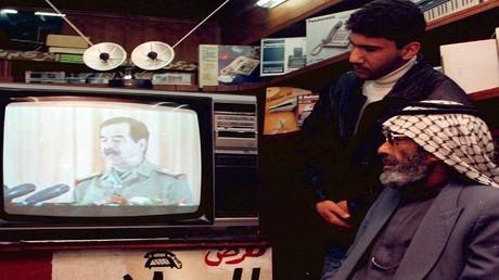 أرشيف  - خطاب متلفز للرئيس العراقي الراحل صدام حسين