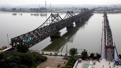 جسر الصداقة بين الصين وكوريا الشمالية