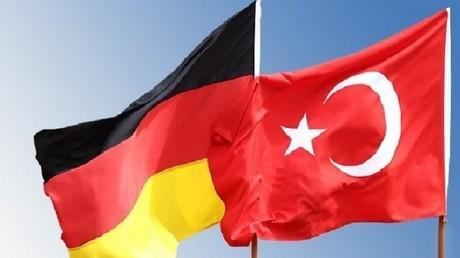 تركيا تنتظر نتائج الانتخابات الألمانية