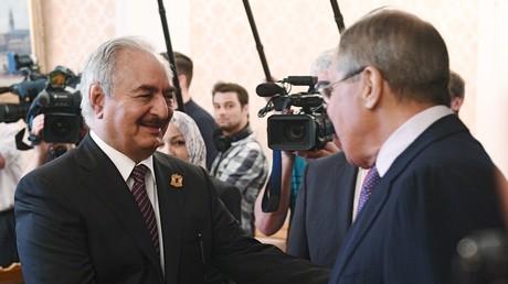 لقاء الوزير لافروف والمشير خليفة حفتر في موسكو