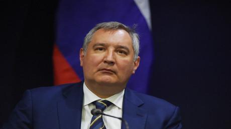 دميتري روغوزين نائب رئيس الوزراء الروسي