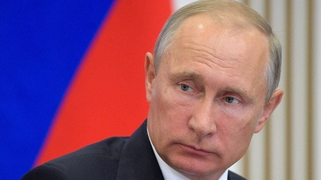 الرئيس الروسي فلاديمير بوتين يقدم تعازيه لملك إسبانيا