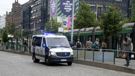 الشرطة الفنلندية قرب موقع الحادث