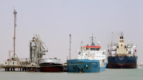 سفن راسية في ميناء جنوبي العراق