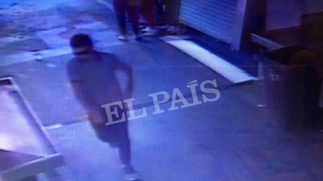 صورة للمشتبه به الرئيسي في هجوم برشلونة أثناء هربه
