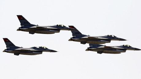 طائرات مصرية مقاتلة - أرشيف