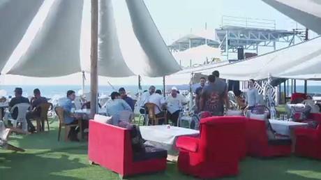 في غزة .. القوارب تصبح مطاعم