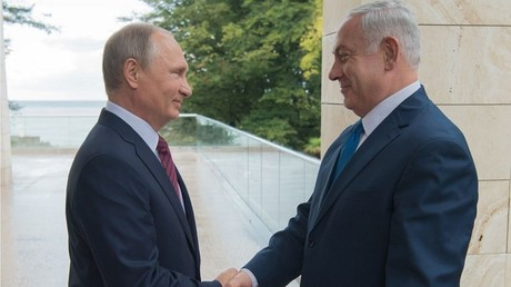 رئيس الوزراء الإسرائيلي بنيامين نتنياهو والرئيس الروسي فلاديمير بوتين