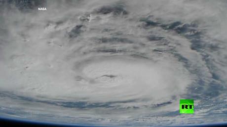 كيف يرى رواد الفضاء إعصار هارفي؟
