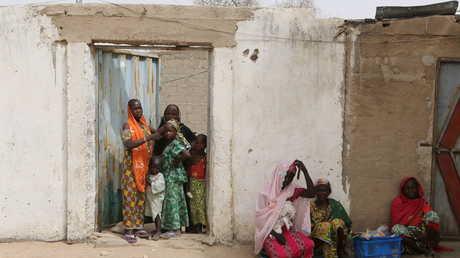 مدنيون في مدينة كولوفاتا شمال الكاميرون.