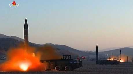 أرشيف - عملية إطلاق صواريخ من قبل جيش كوريا الشمالية
