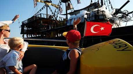 قفزة في عدد السياح الروس الوافدين إلى تركيا