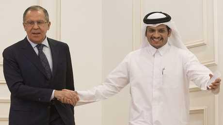 وزير الخارجية الروسي سيرغي لافروف، ونظيره القطري محمد بن عبد الرحمن بن جاسم آل ثاني