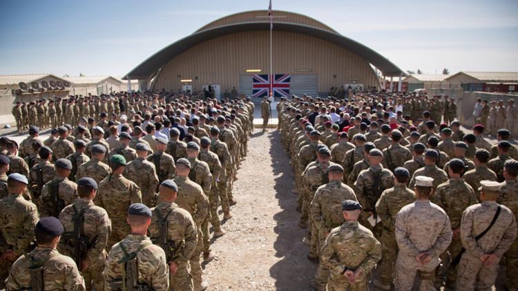 بريطانيا ترسل قوات إضافية إلى العراق