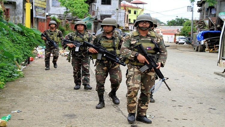 مقتل 3 جنود فلبينيين وإصابة 52 باشتباك مع متمردين