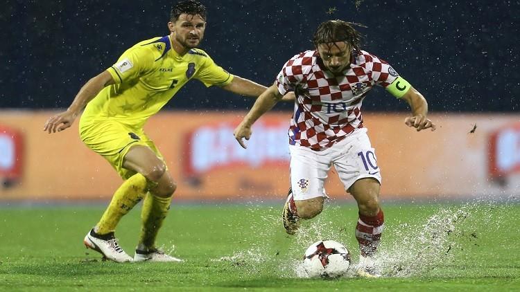 تصفيات المونديال.. إلغاء مباراة كرواتيا وكوسوفو بسبب الأمطار