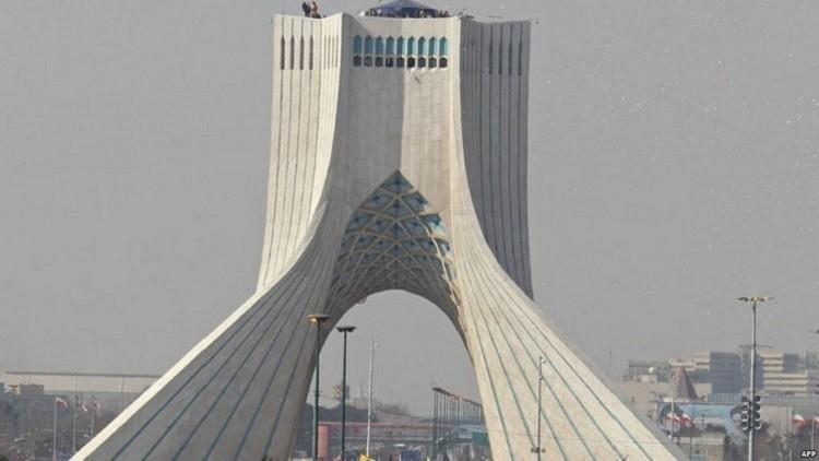السجن 10 أعوام لـ 4 أمريكيين في إيران