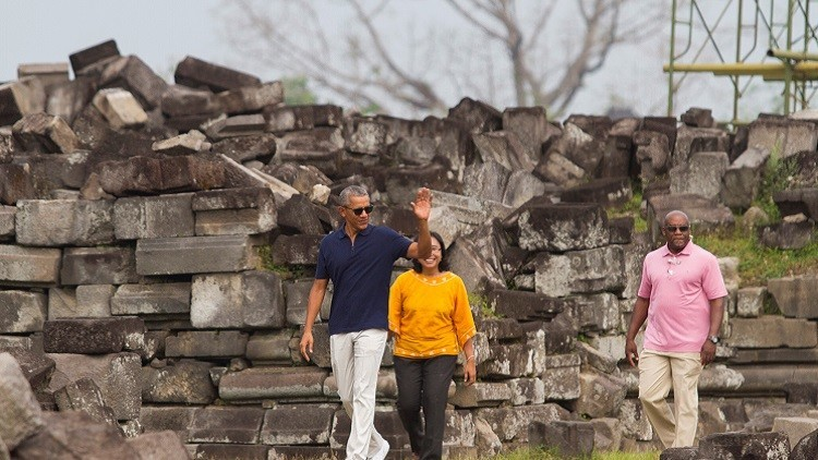 ماذا كتب أوباما لخلفه ترامب قبل رحيله؟