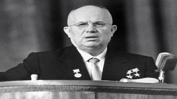 نجل خروشوف يكشف سبب تسليم والده القرم لأوكرانيا في 1954