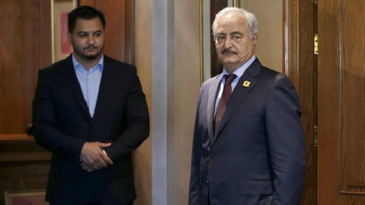 حفتر يستقبل بمكتبه وزير الخارجية الفرنسي