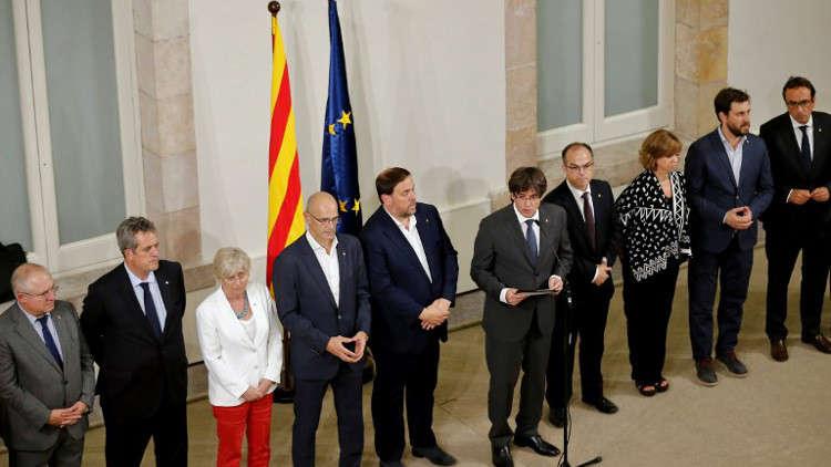 مدريد ستقاضي قادة كاتالونيا بعد دعوتهم للاستقلال