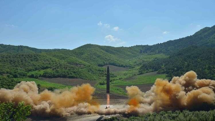 سيئول تسعى لمنع تزويد صواريخ بيونغ يانغ برؤوس نووية