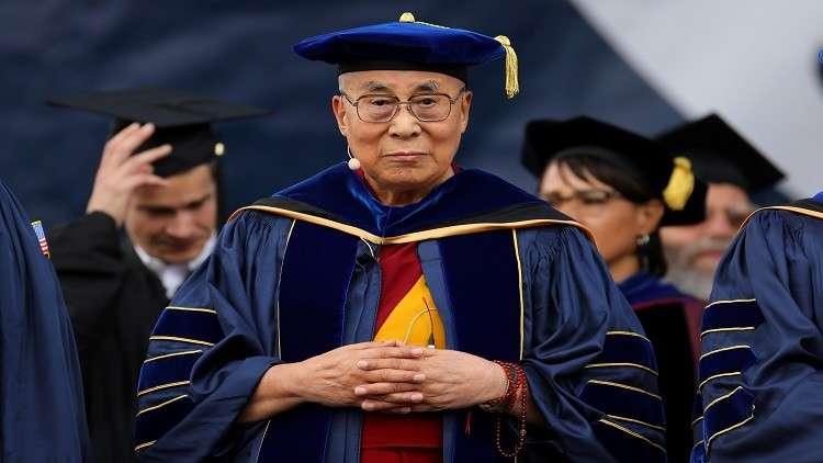 الدالاي لاما يدعو زعيمة ميانمار لإيجاد حل سلمي لأزمة الروهينغا