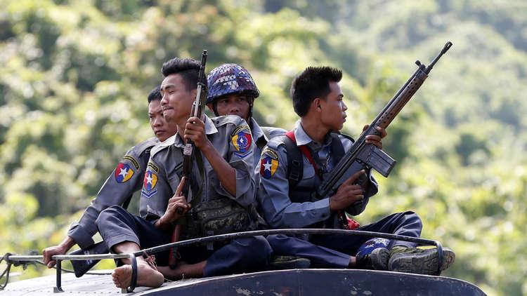 إسرائيل ترفض اتهامات ببيع السلاح إلى ميانمار
