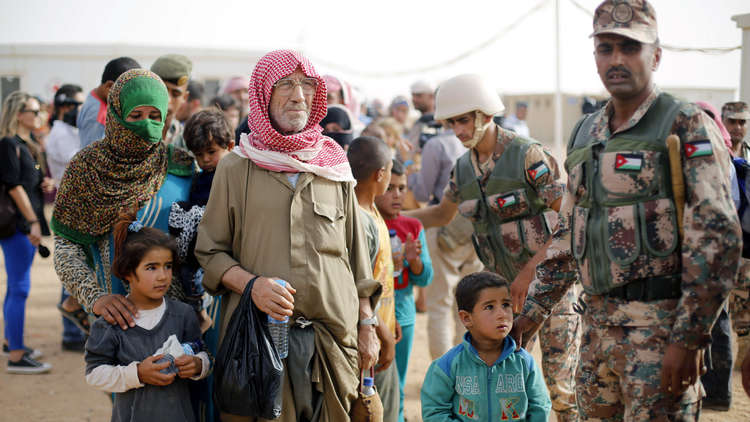 الأردن يفكك مخيم الحدلات للاجئين السوريين